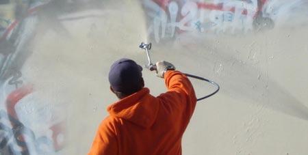 graffiti verwijderen Leiden