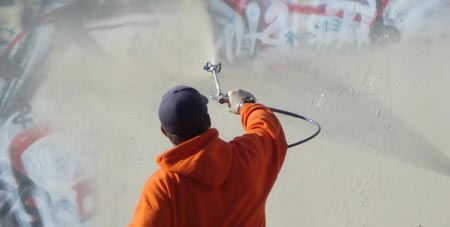 Graffiti op de muur
